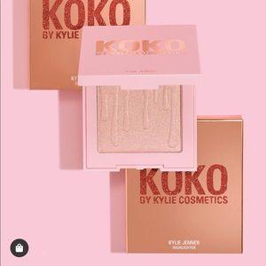 "💗Kylie Cosmetics x KoKo ""True Mama"" Highlighter💗"